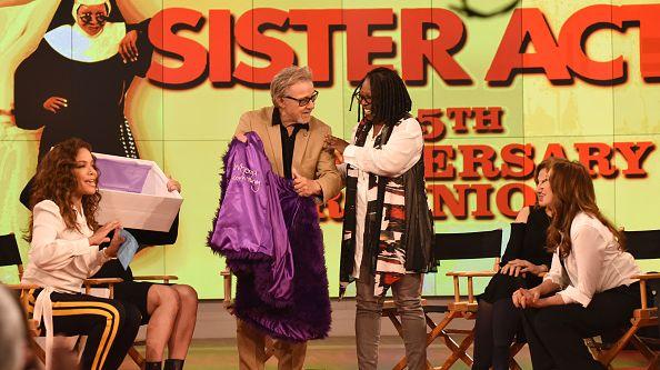 L'émission  'The View' célèbre le 25e anniversaire de 'Sister Act'.