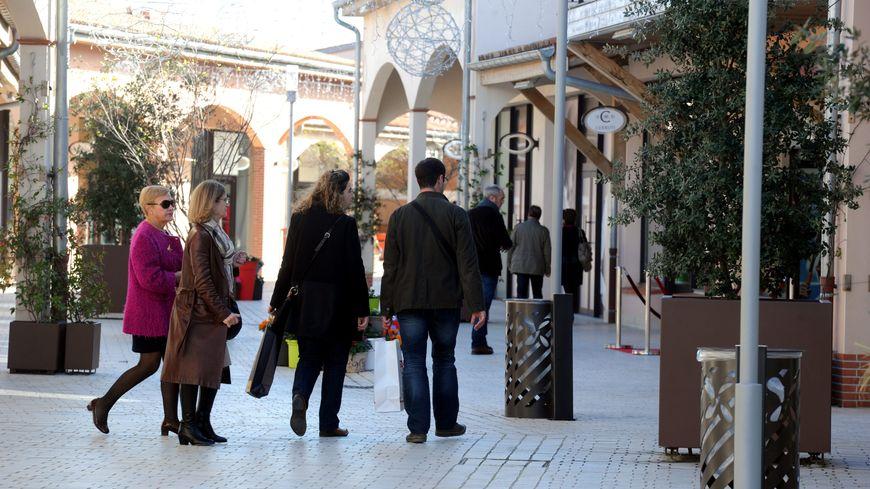 photo illustration : Village des marques à proximité de Toulouse