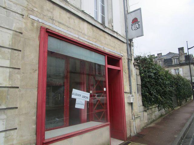 Une ancienne section locale du Parti socialiste à louer.