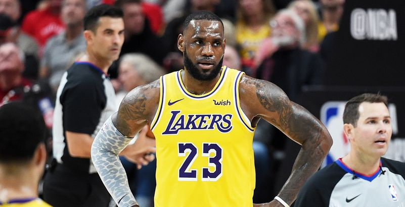 Lebron Son Sous Le James Premier Maillot Perd Des Match Lakers OraxOq