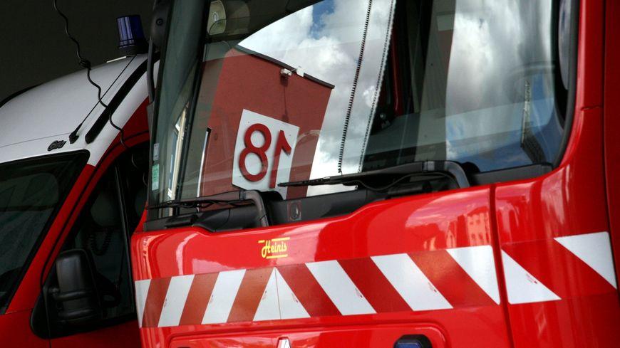 Le feu a mobilisé une trentaine de pompiers.