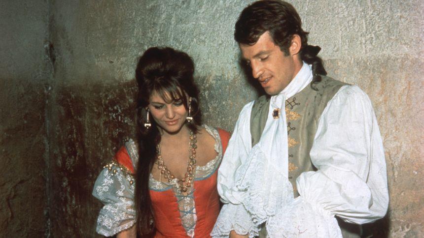 Cartouche avec Claudia Cardinale et Jean-Paul Belmondo
