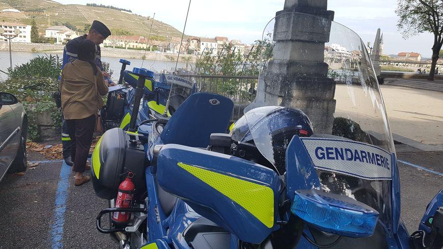 Plusieurs automobilistes ont été contrôlés ce dimanche sur un rond point de Tournon. Ils ont été prévenus, mais pas sanctionnés.