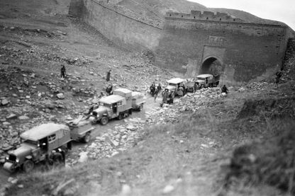 The Yellow Cruise crossing The great wall of China 1932