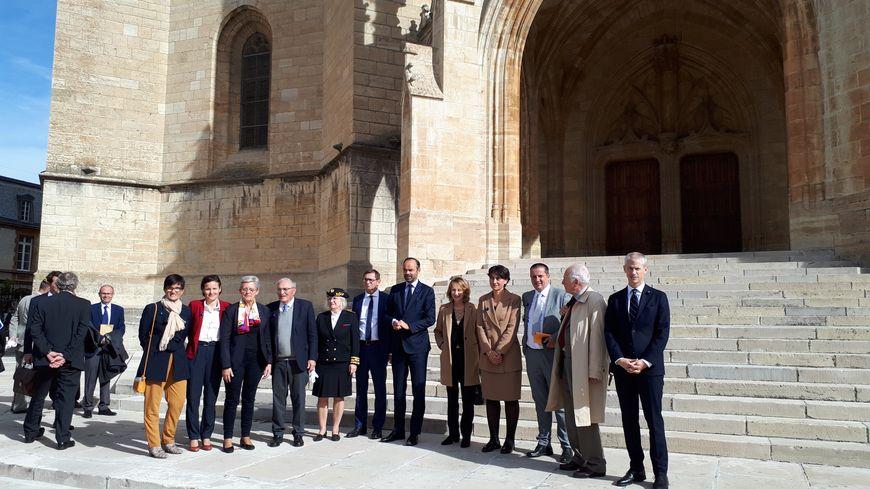 Le Premier ministre Edouard Philippe a présidé vendredi en Lozère une cérémonie d'hommage à Augustin Trébuchon, dernier Poilu mort au combat de la guerre de 14-18
