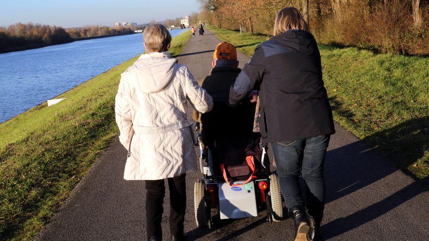 Les aidants familiaux pourront bénéficier de dons de jours de repos de leurs collègues
