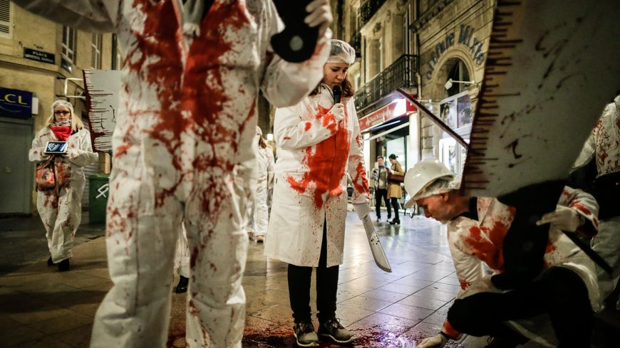 Défilé macabre l'an dernier à Bordeaux