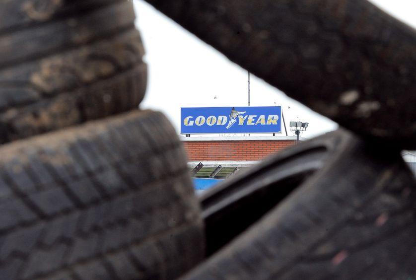 Plus de 800 plaignants réclament, ce jeudi, une indemnisation contre la direction de l'entreprise de pneumatiques