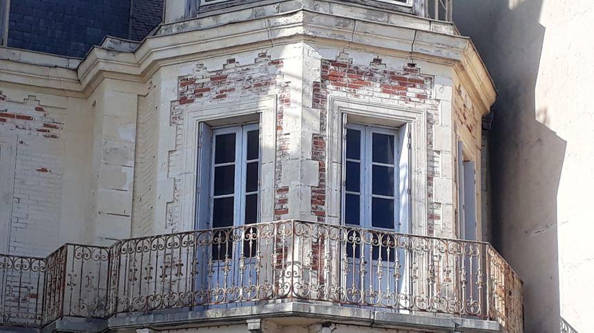 La façade de la villa la Chimère en 2018