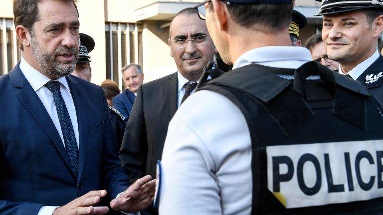 Le ministre de l'Intérieur Christophe Castaner auprès des policiers de Champigny-sur-Marne, le 21 octobre 2018