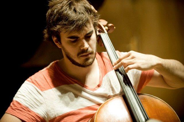 Louis Rodde violoncelliste à l'honneur dimanche à Châteauneuf de Gadagne.