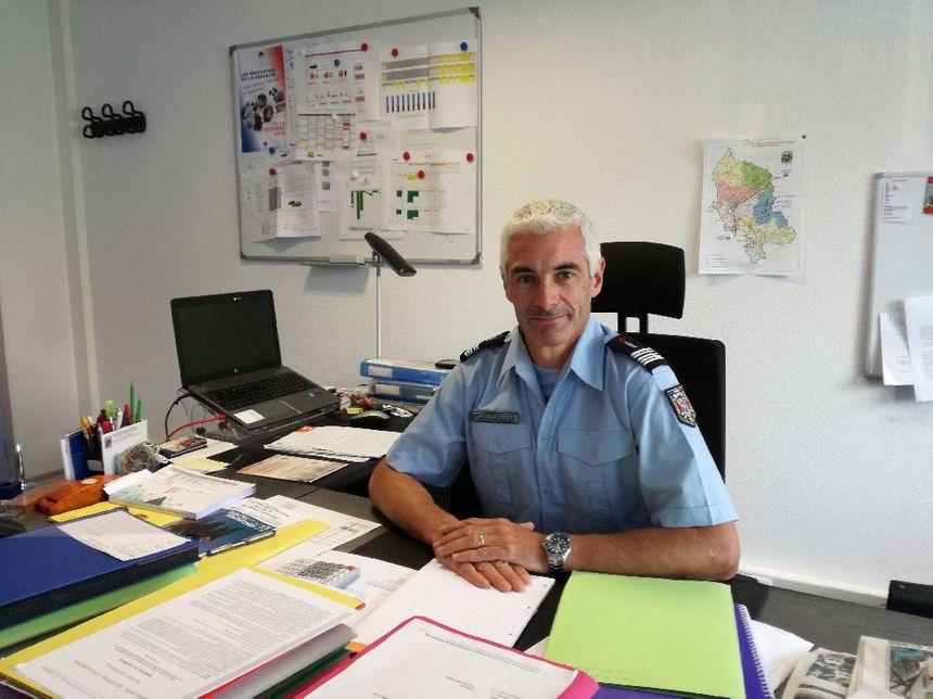 Le colonel Stéphane Helleu, directeur du SDIS 90 devrait fermer les casernes du départements un jour sur deux.