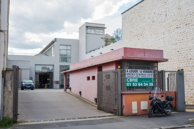 Le nouveau siège du Parti socialiste, rue Molière, à Ivry.