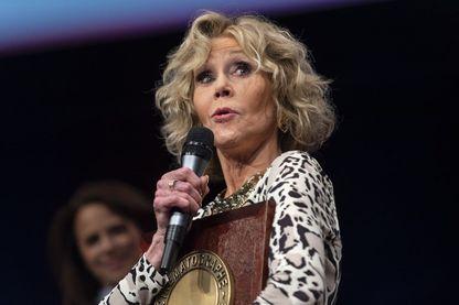 L'actrice américaine Jane Fonda, recevant le Prix Lumière, lors de la 10ème édition du Festival Lumière à Lyon, le 19 octobre 2018.