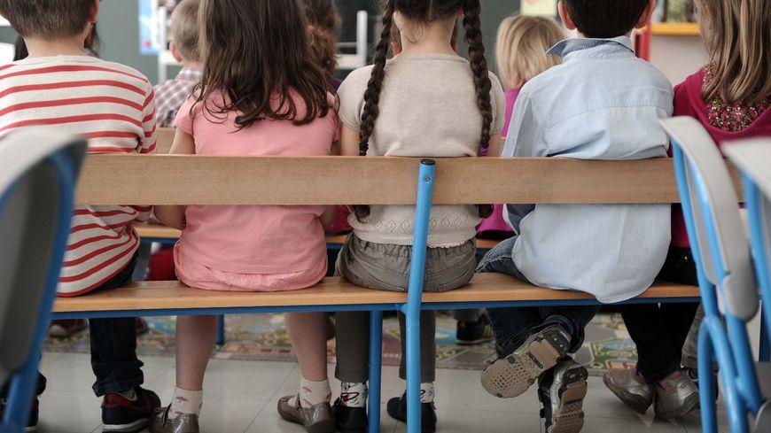 Les enfants ont été en contact avec le suspect lors de ses stages en écoles.