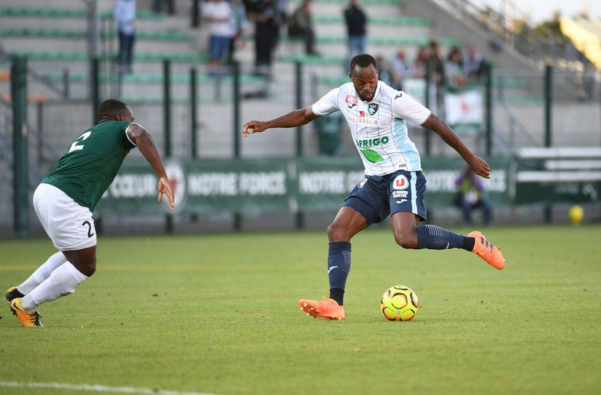 Hervé Bazile a déjà marqué et délivré une passe décisive, mais il sait qu'il peut apporter plus