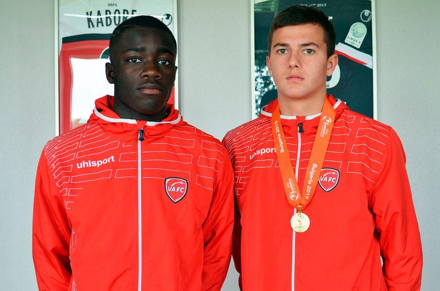 Dayot Upamecano (à gauche) est passé par le centre de formation de Valenciennes
