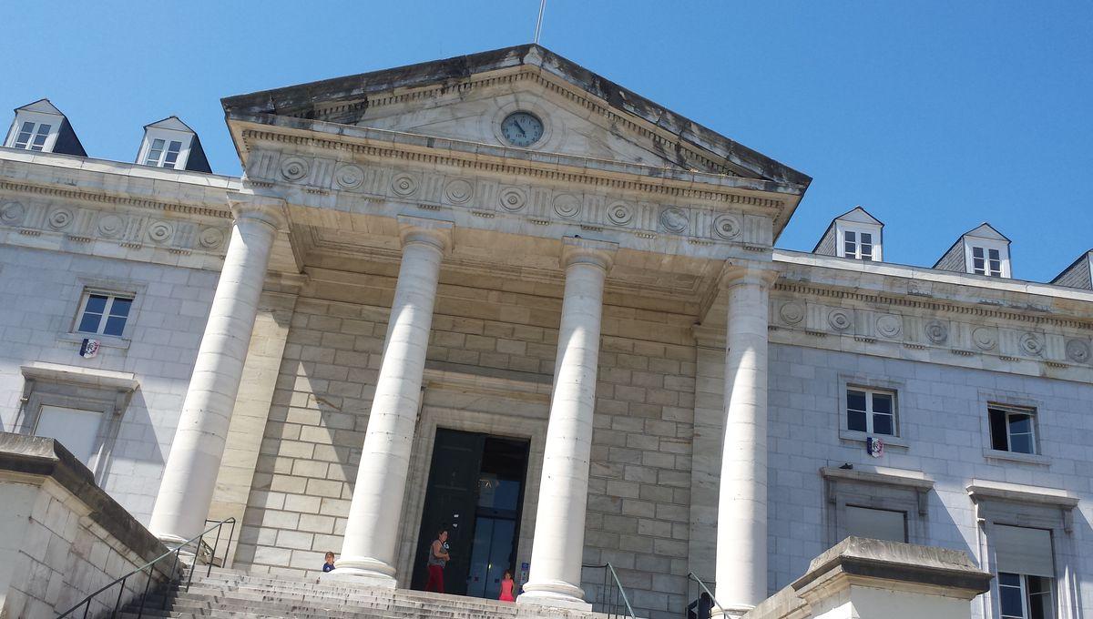 Tribunal de Pau : faux vol à main armée mais vraie arnaque à l'assurance
