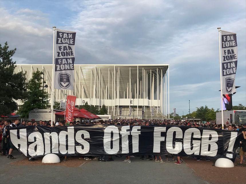 """A travers le slogan """"Hands Off FCGB"""", les Ultramarines montrent régulièrement leur hostilité au rachat."""
