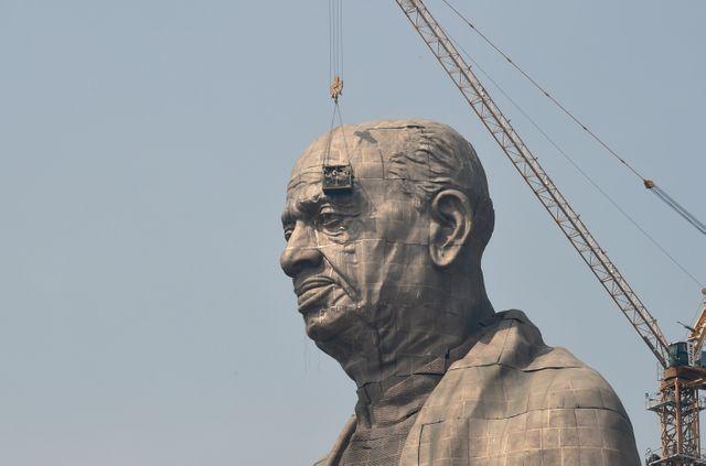 Patel est une figure politique révérée par les nationalistes hindous au pouvoir, qui considèrent que l'Histoire l'a injustement oublié