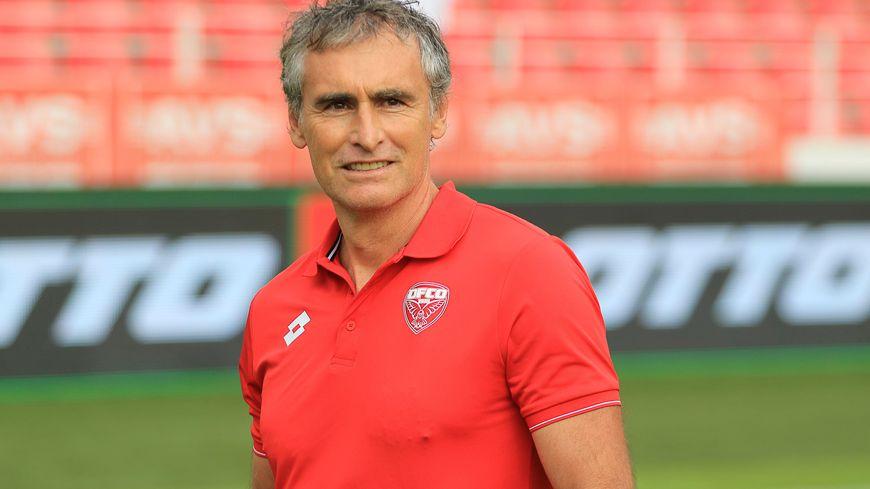 Olivier Dall'Oglio, l'entraîneur des Rouges