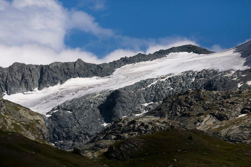 Le réchauffement climatique met en danger nombre de glaciers, ici celui d'Arnes, dans la Vanoise