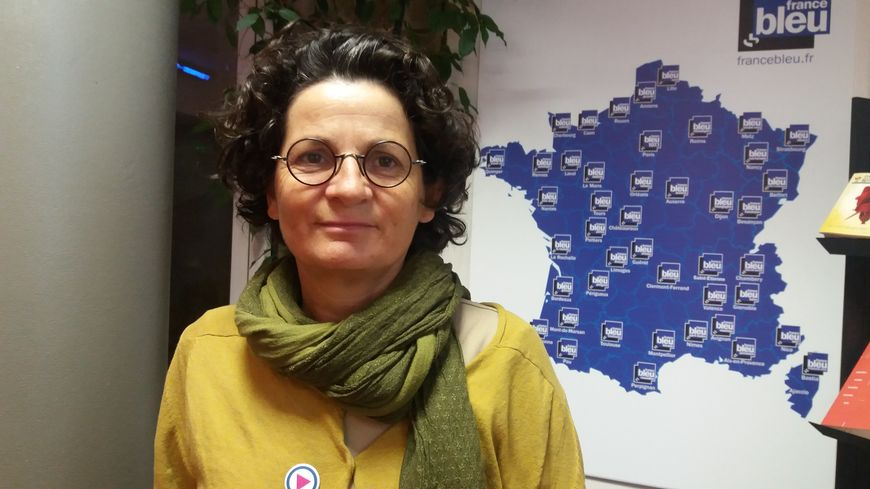 Nathalie Sarlat, militante de SOS Homophobie et du Centre LGBT d'Avignon
