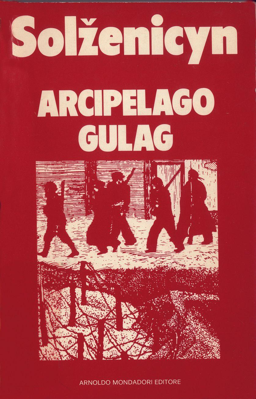 """Couverture du livre """"L'archipel du goulag"""". Italie 1974"""