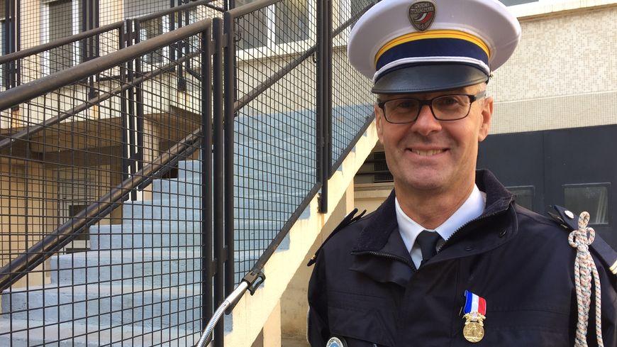 Le brigadier Gilles Paris médaillé de Bronze pour acte de courage et de devouement