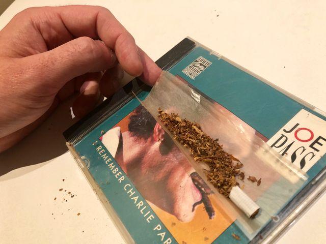 Cigarette de résine de cannabis