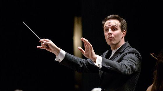 Le chef américain Case Scaglione, 36 ans, sera le prochain directeur musical et chef principal de l'Orchestre national d'Ïle-de-France à partir de septembre 2019