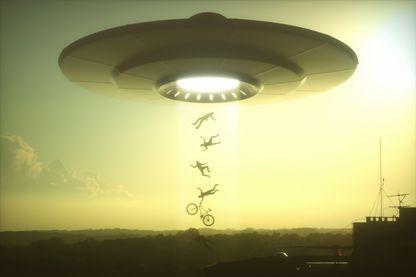 Les extraterrestres existent-ils ? Un astrophysicien propose une méthode originale pour les repérer.