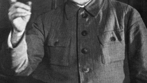 Épisode 3 : Staline en portrait