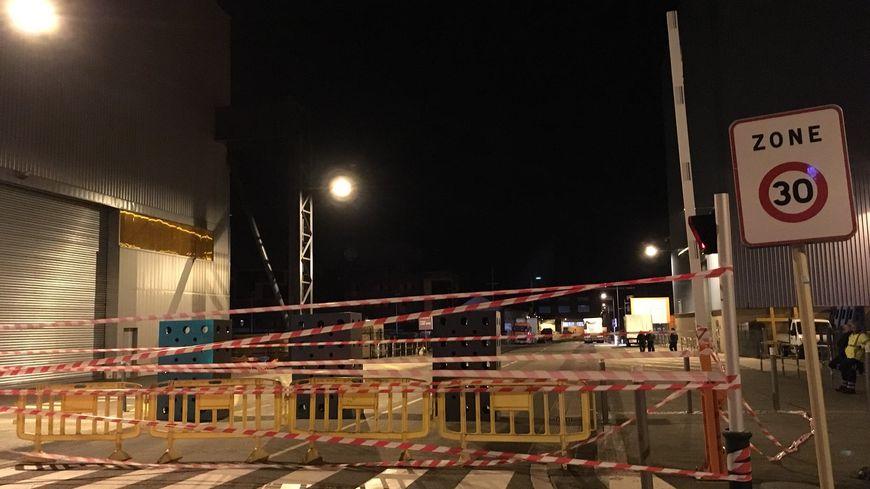 L'entrée du site de General Electric à Belfort, bloquée par les manifestants.