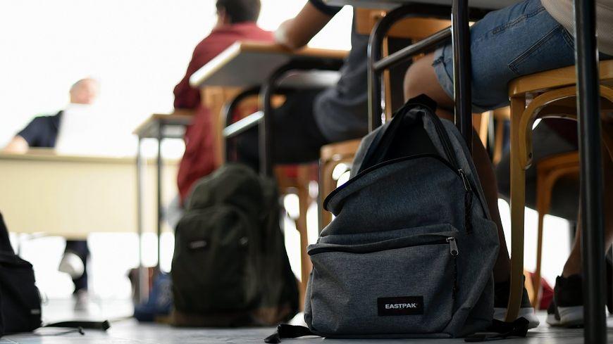 Un élève a emporté ce faux pistolet dans ses affaires (image d'illustration)