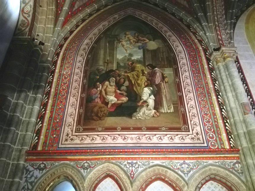Les peintures de l'église Saint-Laurent datent du 19e siècle