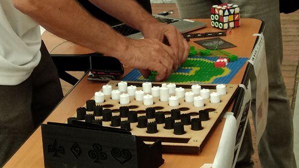 Des jeux adaptés aux malvoyants grâce aux imprimantes 3D