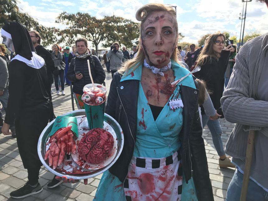 Vous prendrez bien une cervelle dans son jus de sang accompagnée de frites de doigts  ?