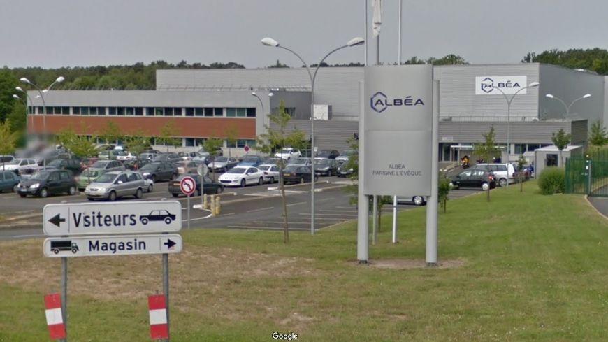 Un salarié a tenté de mettre fin à ses jours sur son lieu de travail, à l'entreprise Albéa de Parigné-L'Évêque, mi-octobre
