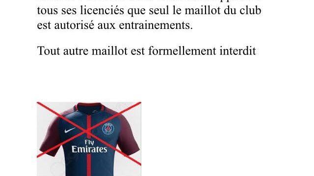 L'ASC Vivaux-Sauvagère, club amateur de football dans le 10e arrondissement de Marseille, a un règlement strict depuis 1 an : le maillot du PSG est interdit aux entraînements dans l'enceinte du club