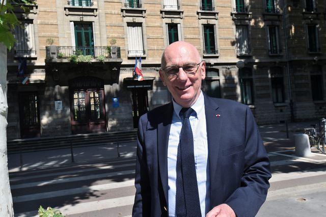Michel Zink, écrivain médiéviste, philologue et professeur de littérature française