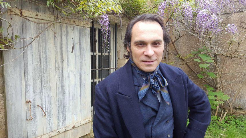Yannick Choirat incarne Victor Hugo à l'âge de 47 ans