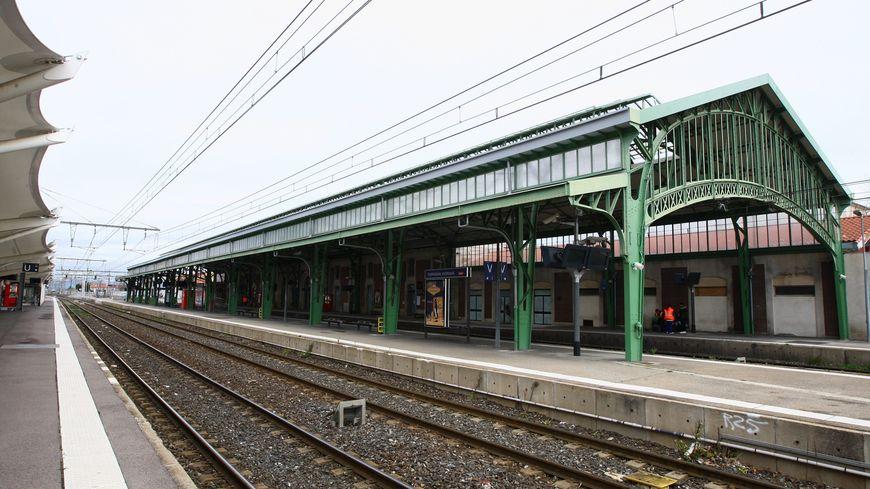 Pas de trains en gare de Perpignan vers Montpellier et Toulouse ce mardi matin