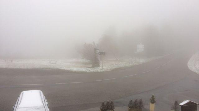 A 945 mètre d'altitude à Doizieux, il est tombé 2 cm de neige dans la nuit de samedi à dimanche 28 octobre.