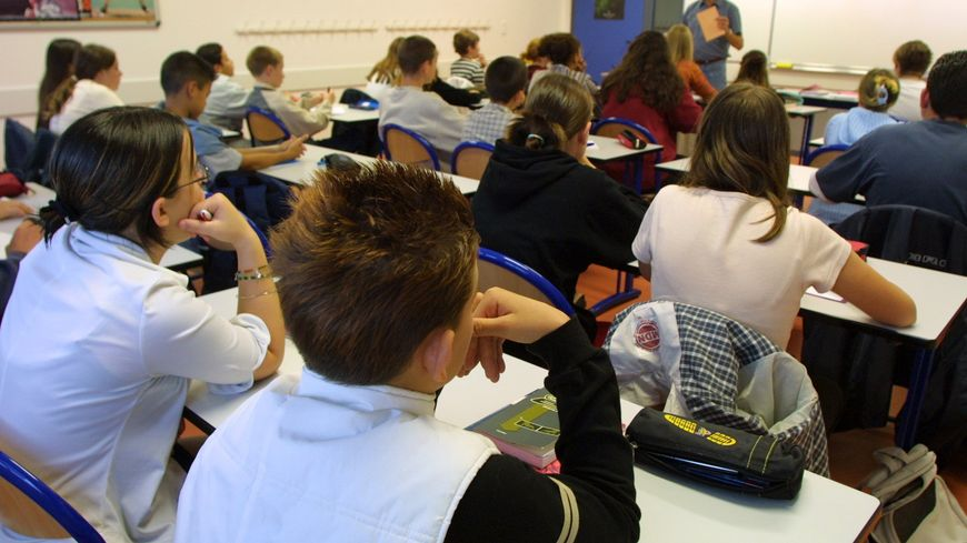 L'éducation privé de Loire-Atlantique cherche des remplaçants à ses professeurs de collège et lycée.