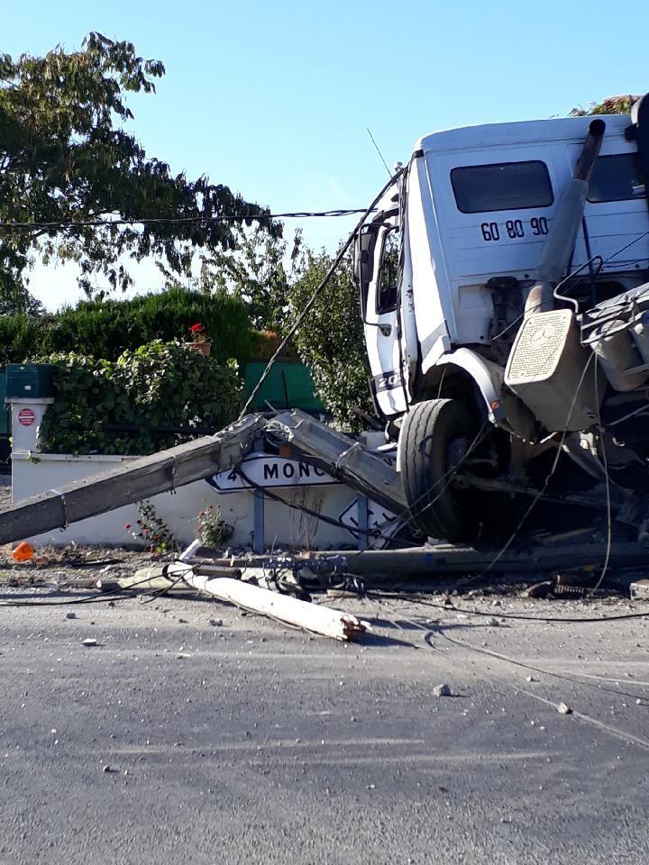 L'accident s'est produit au lieu-dit La Gouffrie, au Breuil-Bernard