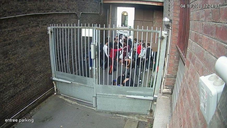 Capture d'images de vidéosurveillance enregistrées le 4 octobre 2018 à l'entrée du parking de l'école supérieure de journalisme de Lille