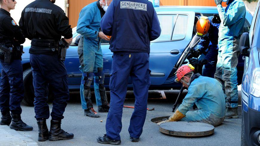 L'inspection des égouts de Bessières, après le casse, en 2014