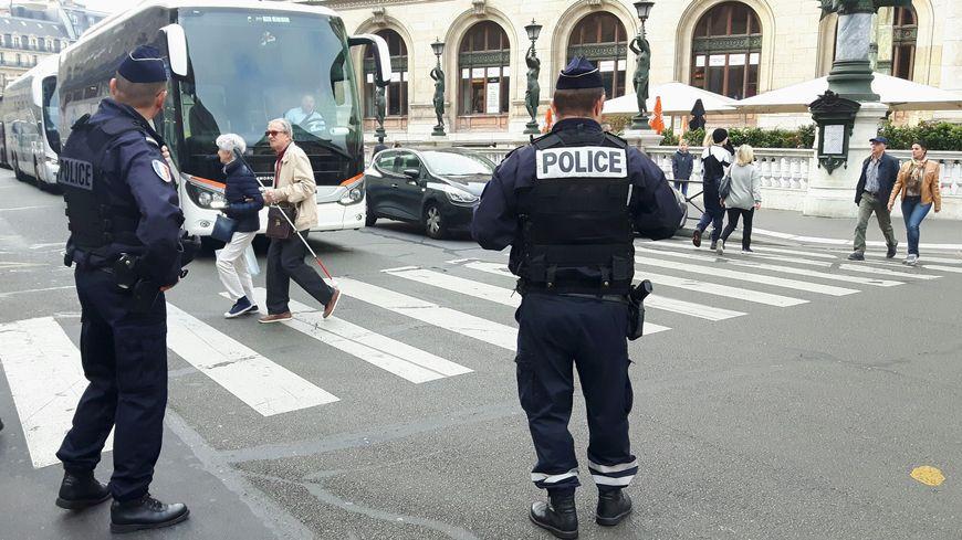 59 personnes ont été verbalisées mercredi à Paris lors d'une opération visant à faire respecter les passages piéton