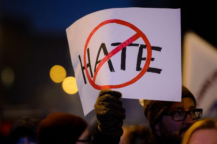 """Les """"haters"""" sont-ils plus bêtes que méchants?"""